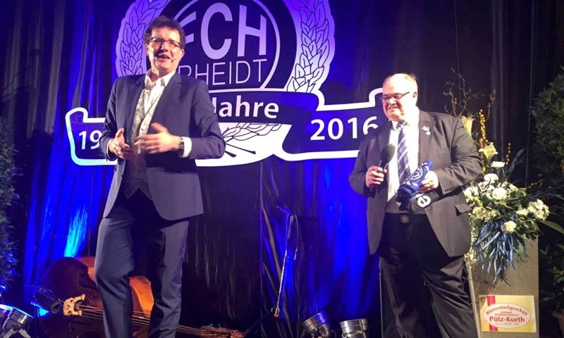 Brüske moderiert FC Hertha Rheidt Jubiläum